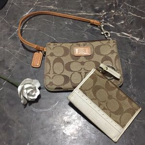 Set of 2 - Coach wristlet and card holder